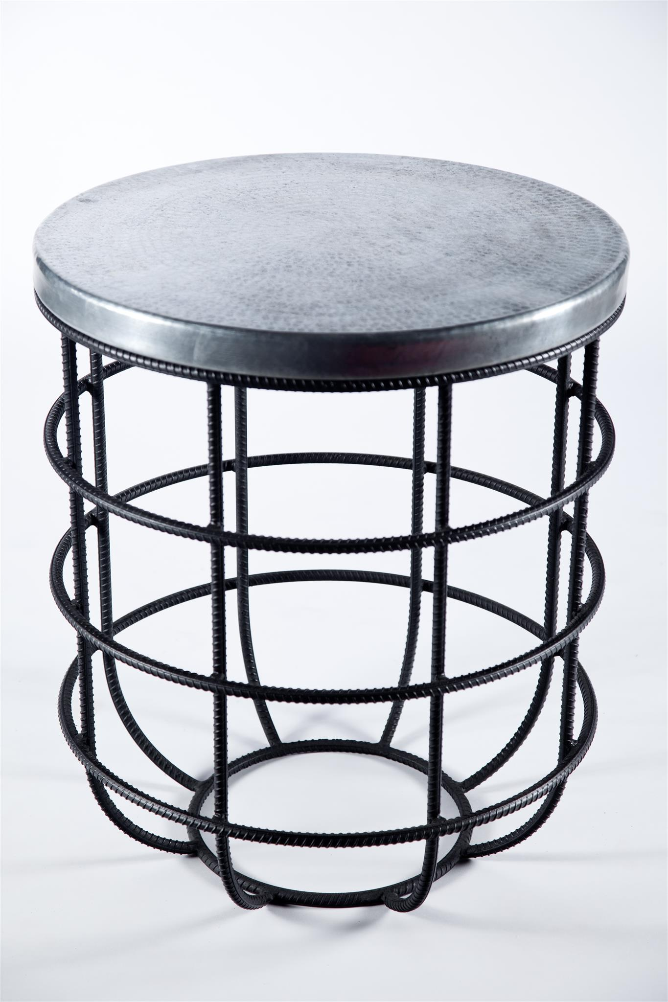 Wondrous Axel Side Table In Rebar With Round Hammered Zinc Top Gamerscity Chair Design For Home Gamerscityorg