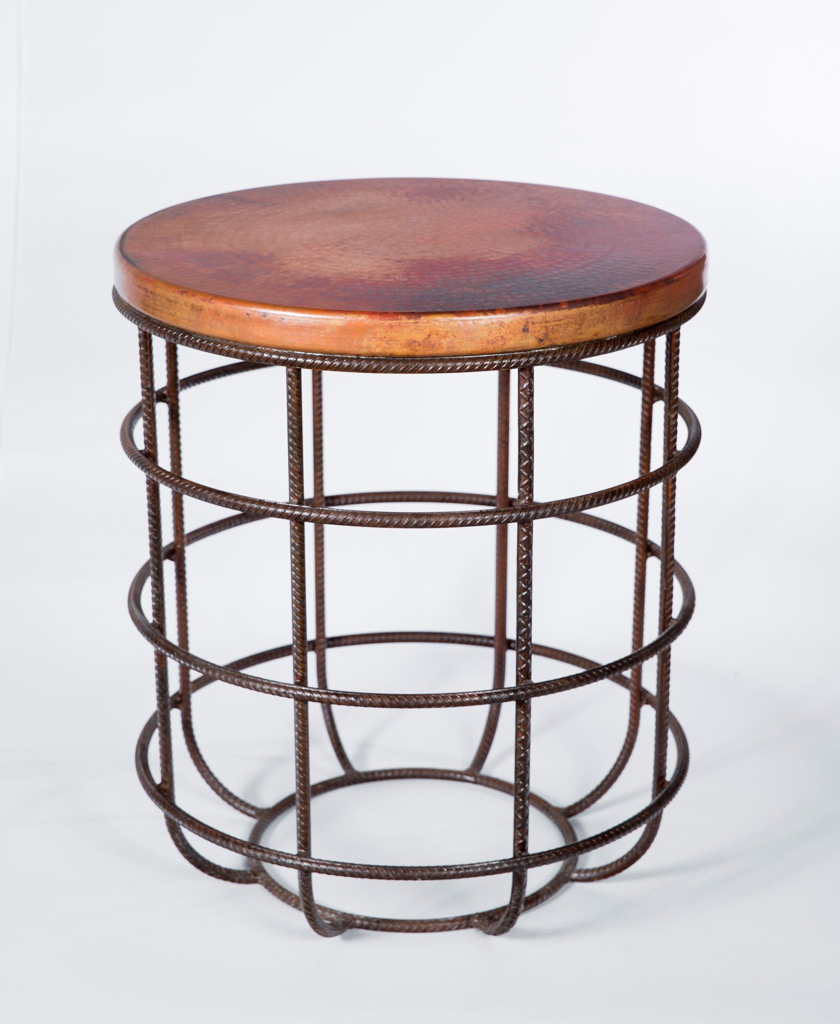 Super Axel Side Table In Rebar With Round Hammered Copper Top Gamerscity Chair Design For Home Gamerscityorg